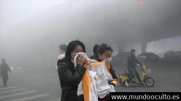 Un purificador de 7 metros se traga la contaminación de Pekín
