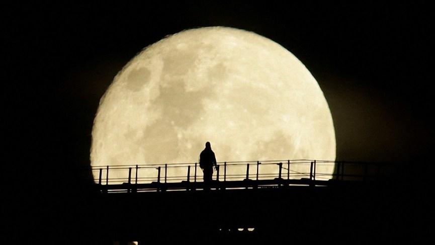 Para no perderlo: La luna llena más grande del año aparece en el cielo