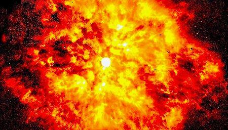 La estrella WR 104 tiene a la Tierra en peligro