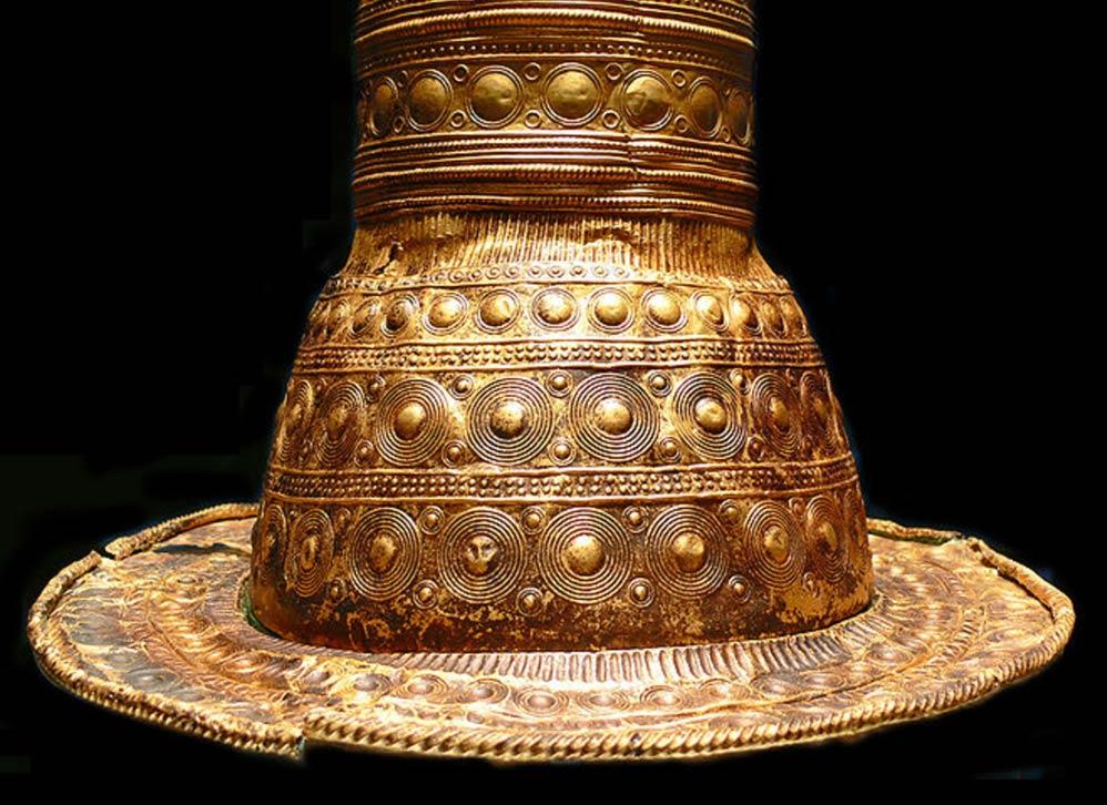 Los Cuatros sombreros de oro