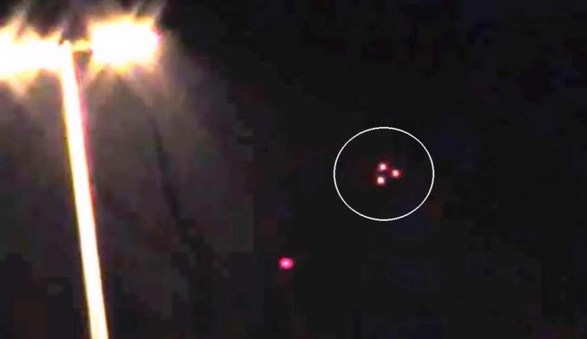 Sorprendente vídeomuestra un OVNI tipo TR-3B sobre Rusia