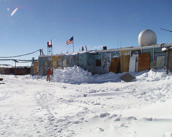 El último gran misterio del planeta se encuentra bajo la Antártida (y nadie sabe qué tipo de vida puede albergar)