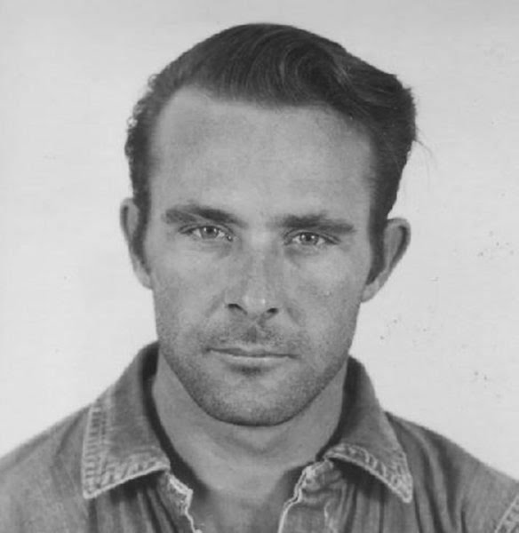 "unnamed file 701 - ""Si voy a la cárcel solo un año, les diré el lugar exacto donde estoy"": una carta al FBI reabre el caso de la legendaria fuga de Alcatraz"