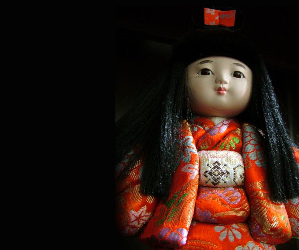 Okiku la muñeca viva de Japón