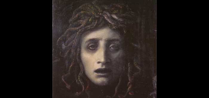 El mito de Medusa revisado. ¿Sabías que fue violada por Poseidón?