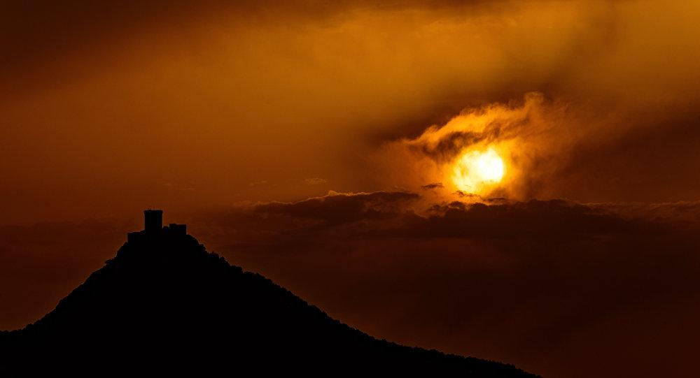 Un sol adicional en pleno firmamento: ¿cómo iluminar la Tierra de manera artificial? (vídeo)
