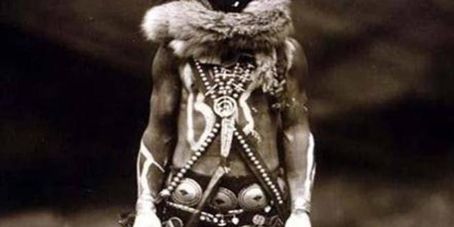 """una leyenda de los navajos los aterradores """"cambia pieles"""" 1 - Una leyenda de los indios navajos: los aterradores """"cambia-pieles"""""""