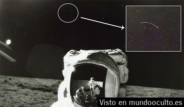 Una fotografía de la NASA muestra un platillo en la luna junto a Alan Bean