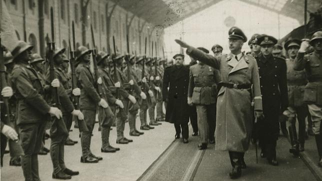 La búsqueda del Santo Grial y los orígenes arios realizada por los nazis