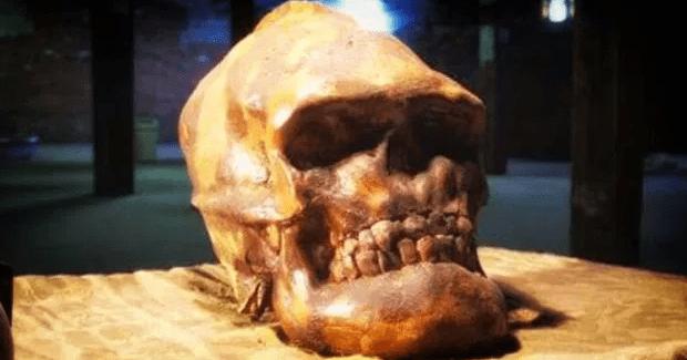 Los restos de una Raza perdida de gigantes se han descubierto en Nevada