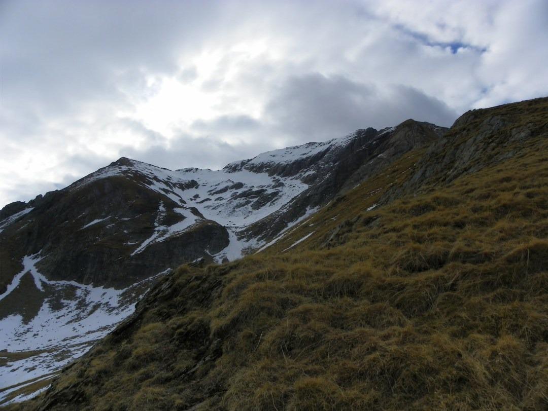 15236535512897970110580291608528 - Ser extraño avistado en los Pirineos:¿ Hombre de las nieves?¿Se ha extinguido?