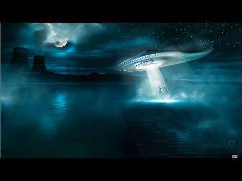 Contacto Alienígena Expediente truco o trato y casa nublada