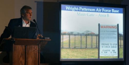 Ex Ingeniero de la Fuerza Aérea afirma tener una base secreta con tecnología extraterrestre