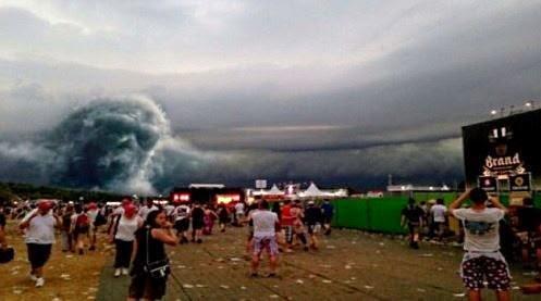 Fantasmal aparición durante festival de música en Limburg, Amsterdam