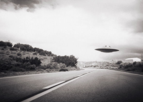 politica de la cia «encubrir los avistamientos ovni para evitar la histeria de masas» 2 - Política de la CIA: «Encubrir los avistamientos OVNI para evitar la histeria de masas»