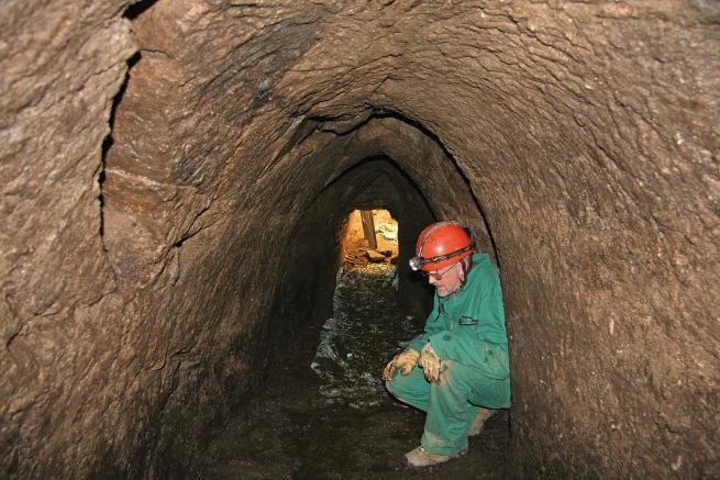 una red de tuneles de 12 mil años de antigüedad en europa intriga a los investigadores 2 - Una red de túneles de 12 mil años de antigüedad en Europa intriga a los investigadores