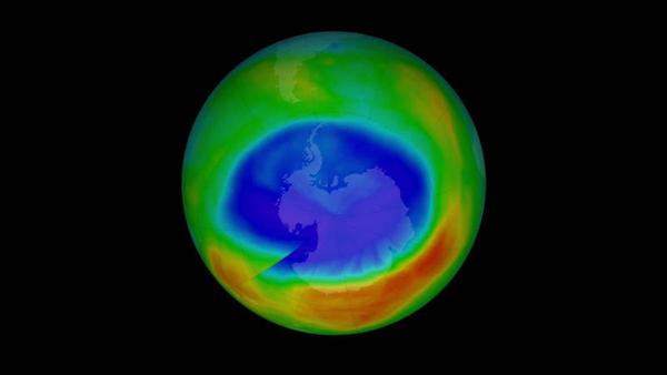 ¿Quién está produciendo el compuesto prohibido que destruye la capa de ozono?