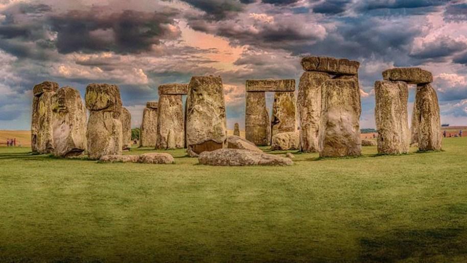 """""""no fueron los humanos"""" una inusual teoria revela como se movieron las piedras de stonehenge - """"No fueron los humanos"""": Una inusual teoría revela cómo se movieron las piedras de Stonehenge"""