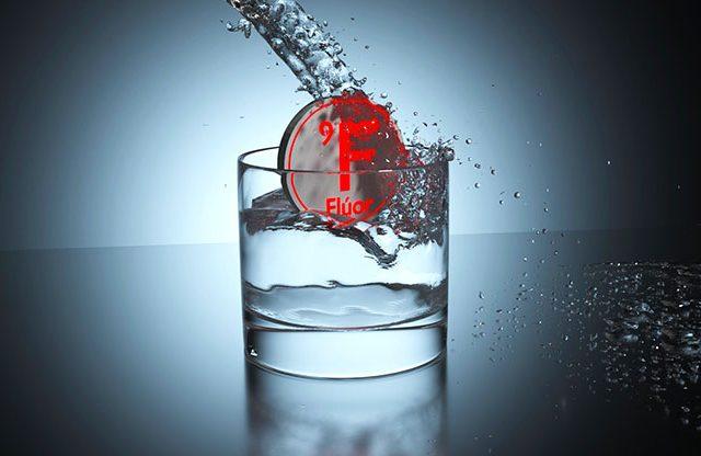 """La fluorización del agua, una forma de """"estupidización"""" en masa"""