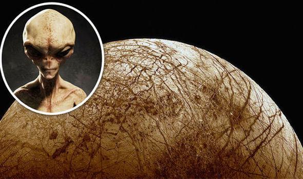 Extraterrestres encontrados?Los científicos descubren nuevas pruebas de vida en Júpiter luna Europa