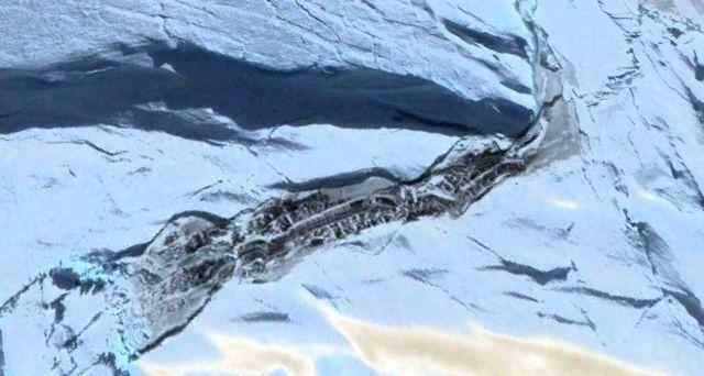 La enorme estructura oculta debajo de la capa de hielo de la Antártida se ha vuelto visible