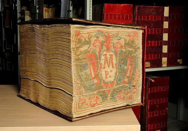 Misterios y oscuras conspiraciones sobre los archivos del Vaticano