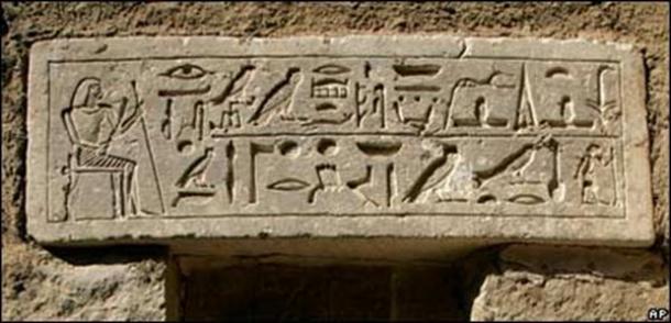 El antiguo arte de la magia, maldiciones y hechizos sobrenaturales