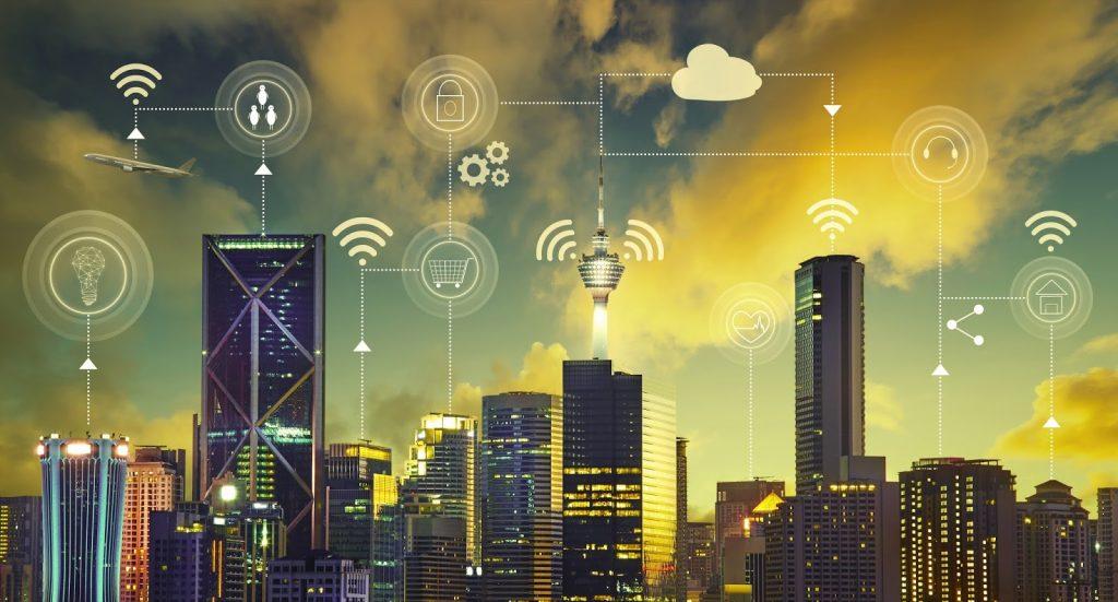 Tecnología 5G, el 'arma' electromagnética global que está a punto de alcanzarnos
