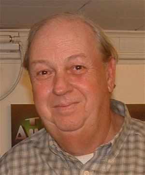 Denunciantes: Clifford Stone