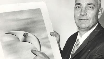 Año 1967: Un OVNI penetró en el espacio aéreo cubano y se ordenóscramble (ataque)a dos MIG-21, minutos después, uno de los pilotosles chilló a los controladores de tierra que el aparato del jefe de vuelo había sido desintegrado.