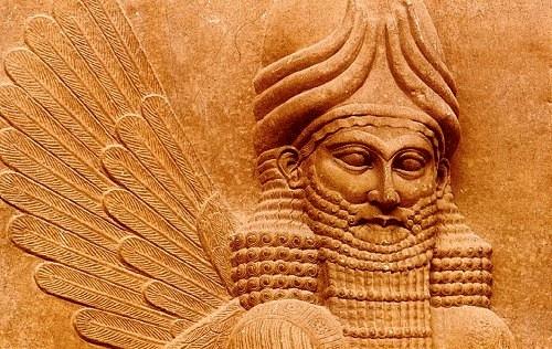 Dioses y Hombres… A-DAM