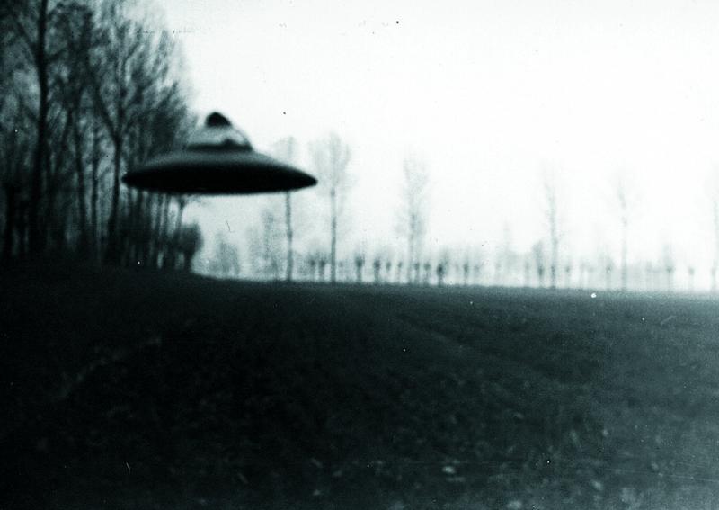 Extraterrestres pactaron tratado con presidente