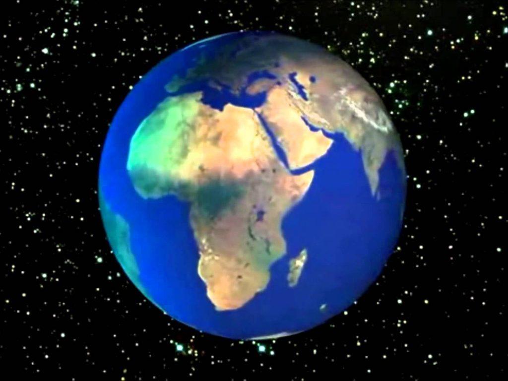 La Tierra se expande, por tanto está…