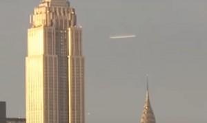 OVNIS DE NEW YORK Y LOS PORTALES DIMENSIONALES DE SUIZA.