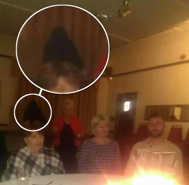 Fantasma es captado cuando realizaba una sesión de espiritismo