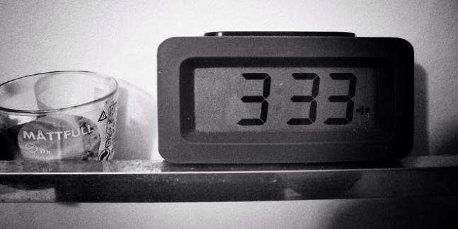 El misterio de las 03:33 de la madrugada