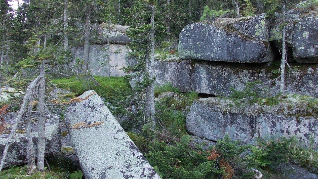 El Misterio de las antiguas estructuras megalíticas del Monte Shoria