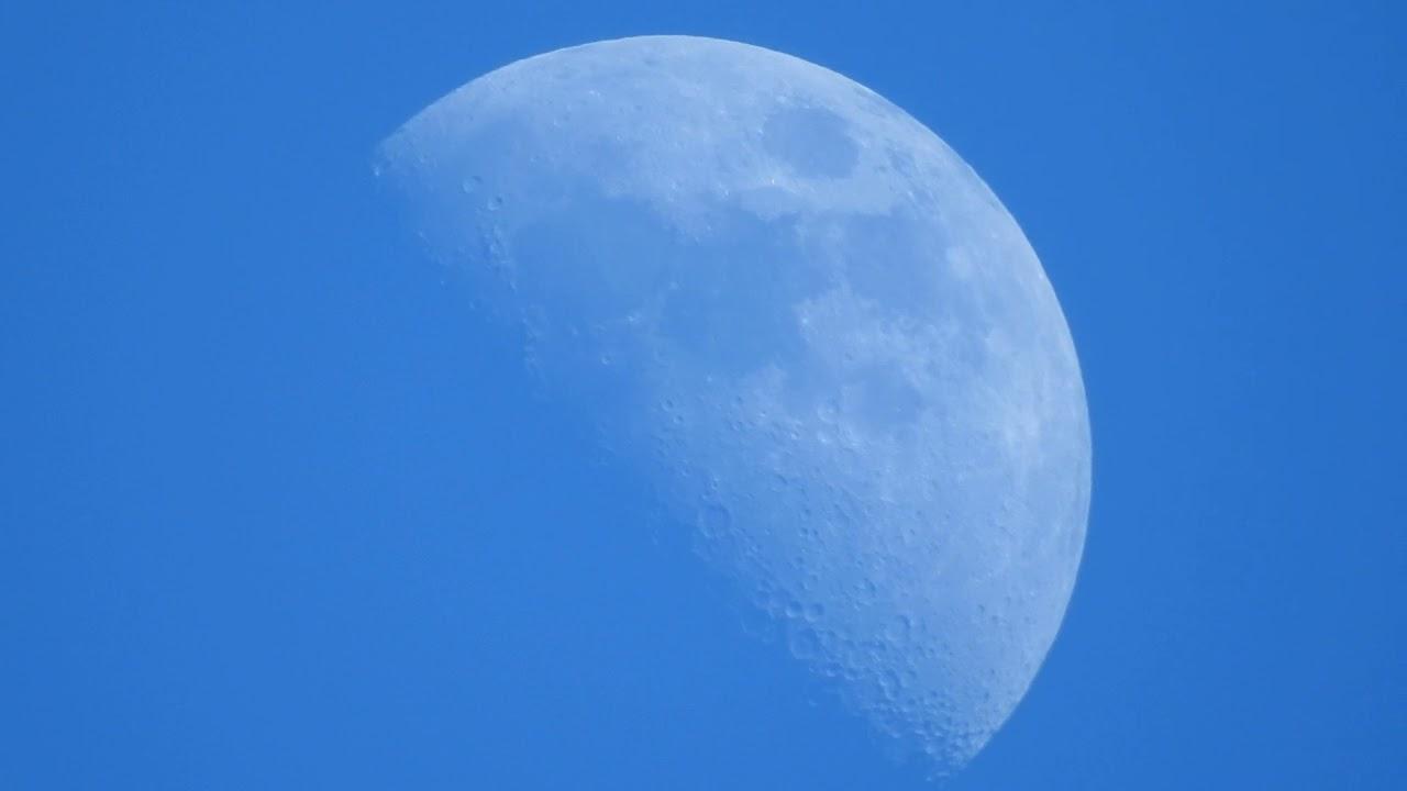 Hombre publica en reddit un ovni captado cuando grababa la luna