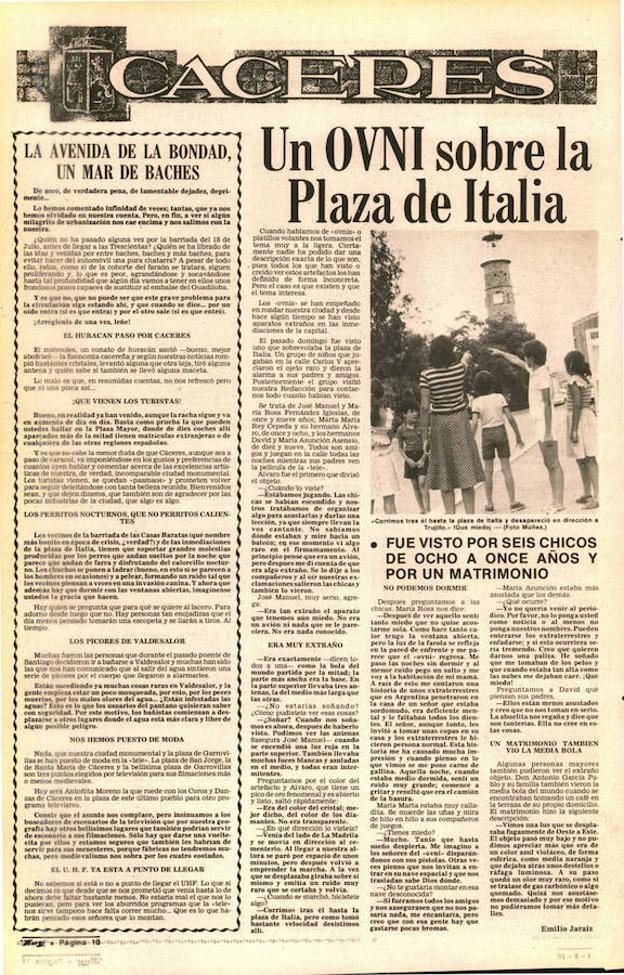 Un OVNI sobrevuela la Plaza de Italia, en Cáceres