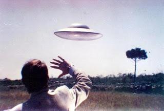 Debate: Violentos O PacíFicos ¿CóMo Actuar Ante Un Objeto O Seres Extraterrestres?