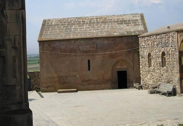 El Monasterio Geghard: ¿Antiguo Guardián de la Lanza que Atravesó a Jesús?