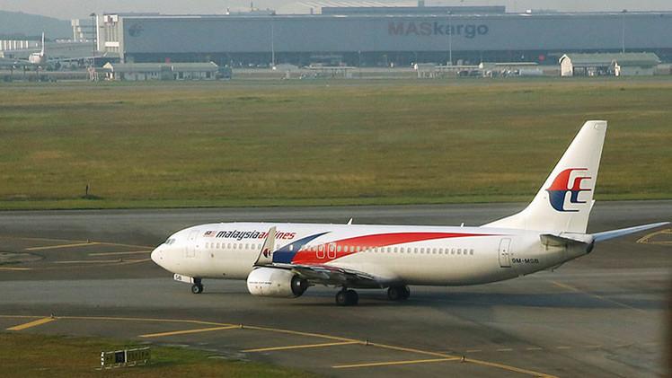 """Exdirector aéreo: """"El MH370 fue secuestrado por piratas informáticos y derribado por EE.UU."""""""