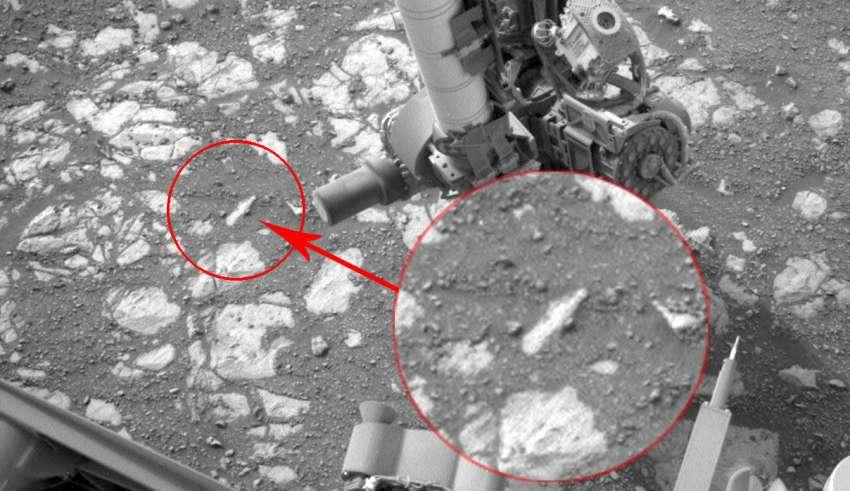 La NASA apaga el rover Curiosity después de descubrir una botella en Marte?