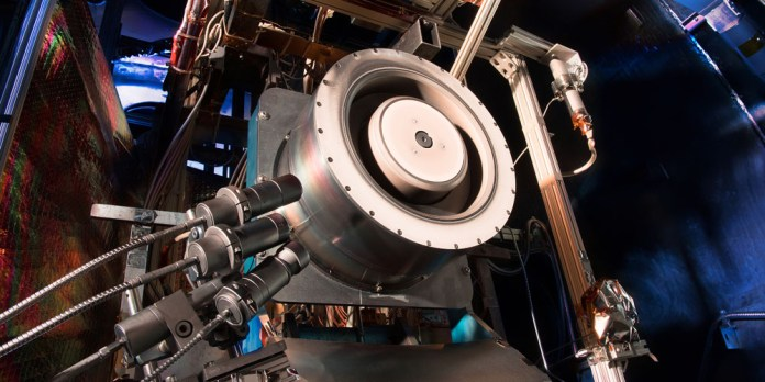 NASA ya prepara el motor de Iones para viajar a Marte