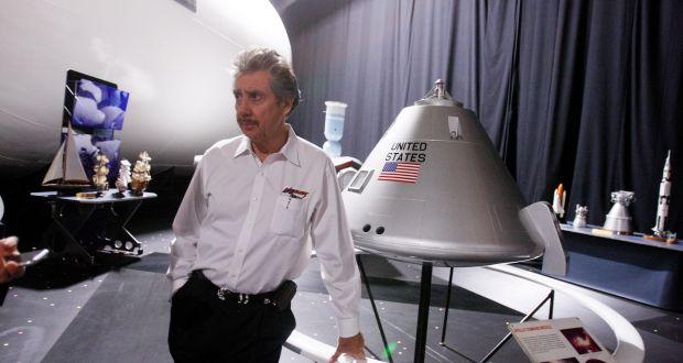 «Alienígenas están entre nosotros, y trabajan con los gobiernos», dice empresario aeroespacial