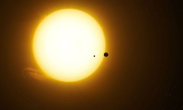 """Desafía la explicación fácil"""": Kepler produce su primer descubrimiento de una luna monstruosa orbitando un planeta alienígena"""