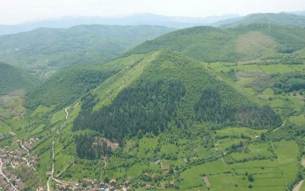 Descubren nuevos túneles prehistóricos debajo de las «pirámides bosnias»