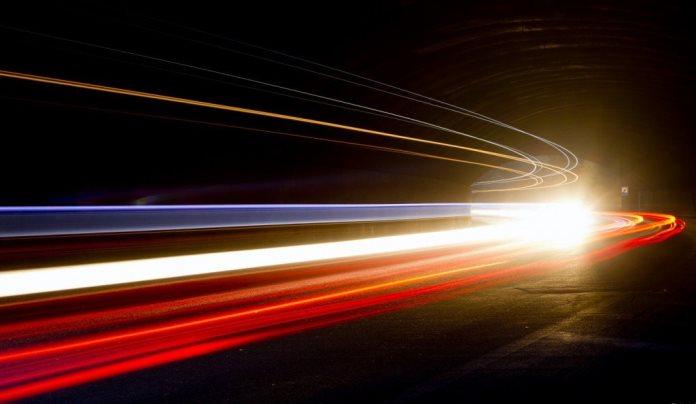 Velocidad de la luz la nas