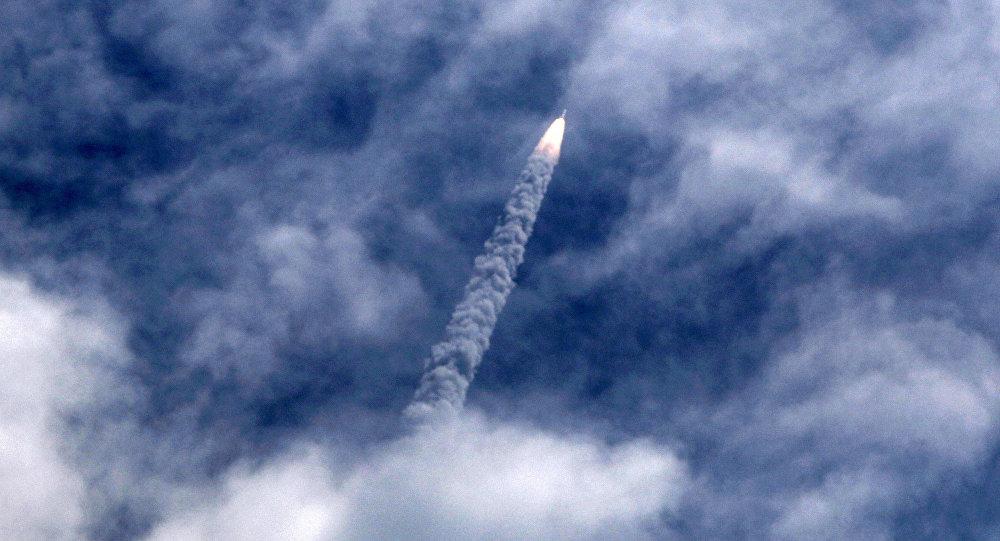 Científicos rusos inician los ensayos primarios del motor de cohete que utiliza aire como combustible