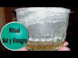 Ritual de limpieza sal y vinagre